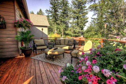 Садовая терраса – идеальное место для отдыха