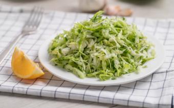 Салат «Освежающий» из капусты