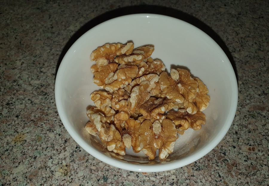 Орехи грецкие цеоые