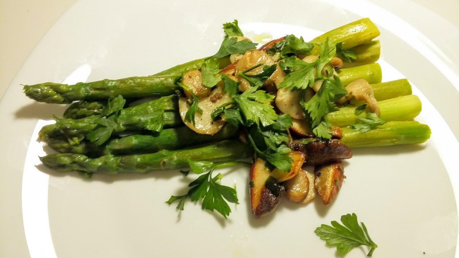 В кулинарии блюда из спаржи считаются деликатесом